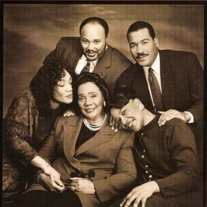 Coretta Scott King and children