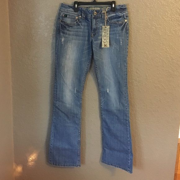 NWT REUSE jeans 30x35L Brand new with tags REUSE jeans. Great quality denim. Very stylish. REUSE Jeans Boot Cut