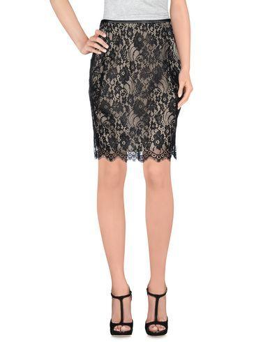 BY MALENE BIRGER Knee length skirt. #bymalenebirger #cloth #skirt