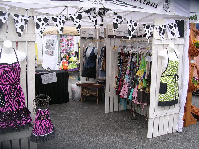 Wow just wow craft booths pinterest for Clothing display ideas for craft shows