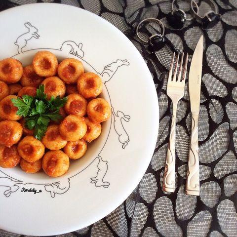 Kordelyanın mutfağı: FELLAH KÖFTE ( SARIMSAKLI KÖFTE)