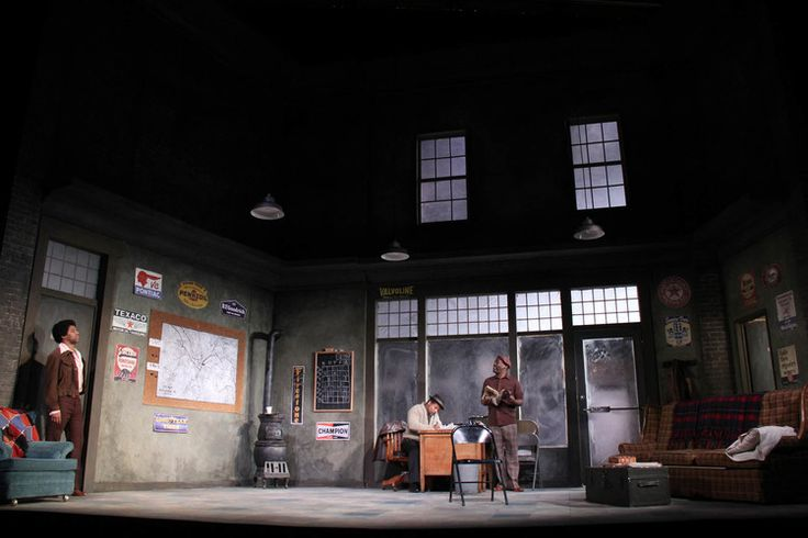 Jitney. Portland Playhouse. Scenic design by Alan Schwanke.