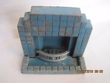 VINTAGE CHARBENS METAL FIRE PLACE DOLLS HOUSE COMPLETE RARE BLUE