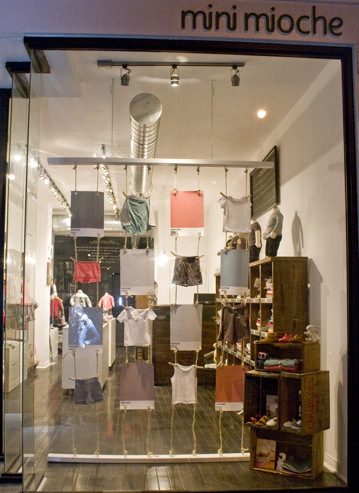 193 best images about window displays on pinterest paper for Retail store window display ideas