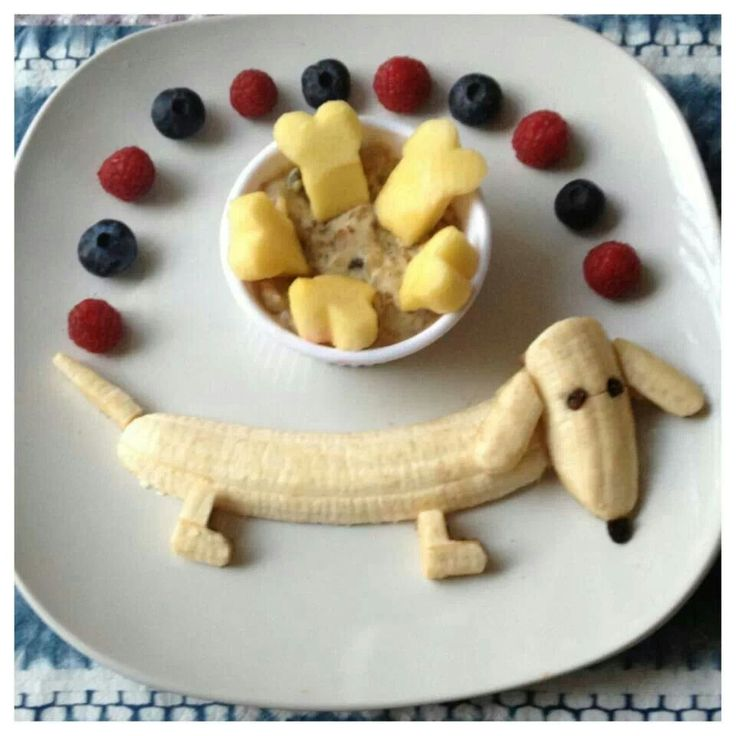 Doggie Banana - cute to get your kids excited about their healthy #breakfast! #banana