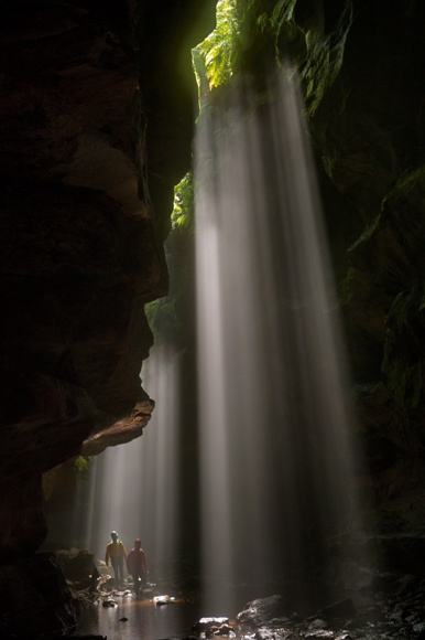 The rays of the midday sun to give Rocky Creek canyon-like atmosphere of a cathedral.