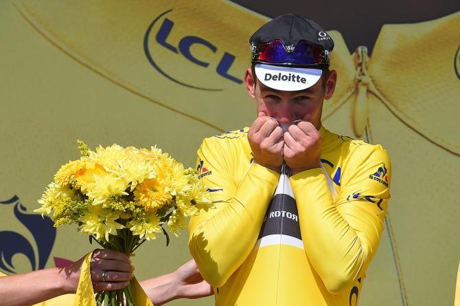 Stage 01 Tour de France 2016 Mark Cavendish savours his first maillot jaune