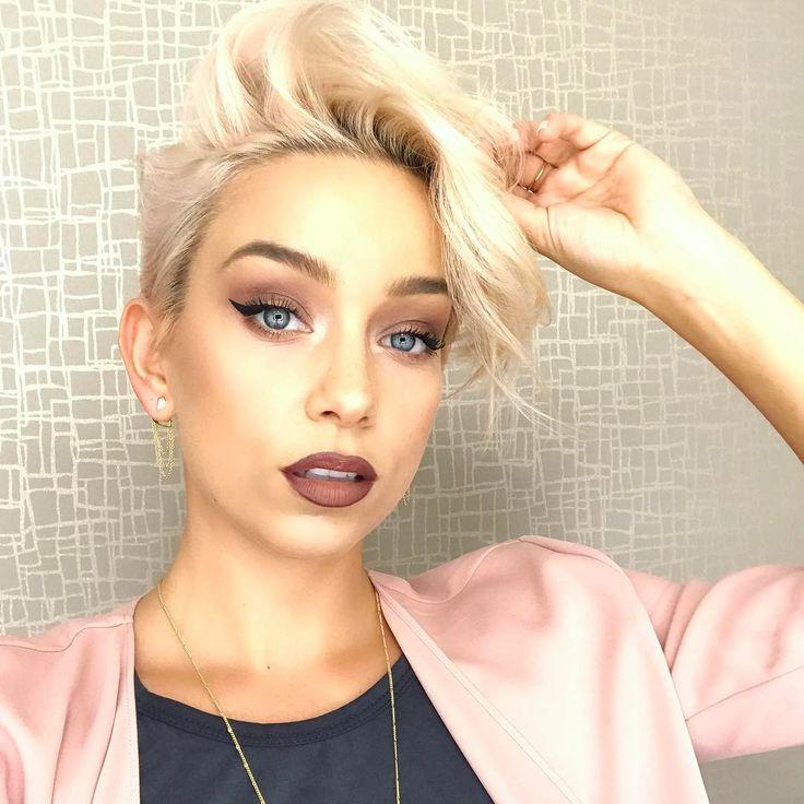 """14.2 тыс. отметок «Нравится», 306 комментариев — Sarah_LouWho (@sarah_louwho) в Instagram: «""""Short hair is for boys"""" they said  """"you won't look feminine"""" they said... @kyliecosmetics DolceK…»"""
