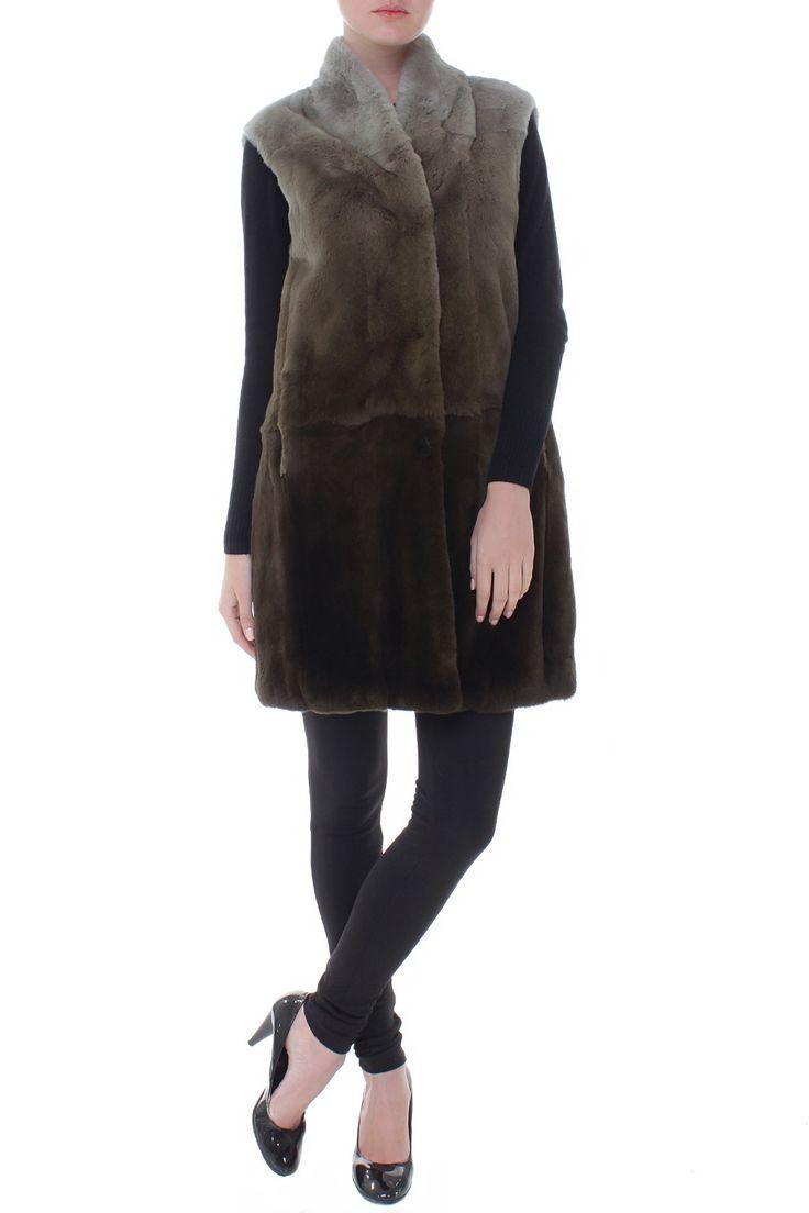 Удлиненный меховой жилет. Материал: Натуральный мех орилага http://oneclub.ua/zhilet-22743.html#product_option83