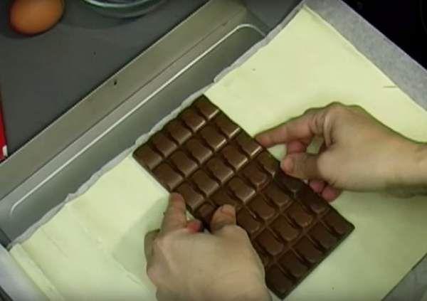 Она положила шоколад в духовку. увидев результат, ты тоже так захочешь