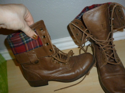 Adorable combat boots on ebay!
