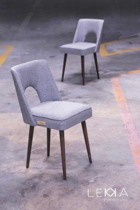 2 muszelki z Bydgoskiej Fabryki Mebli z lat 70'.  Po naszej renowacji.  2 shell form Furniture  Factory in Bydgoszcz(Poland ) from '70. Redesigned by LEKKA furniture