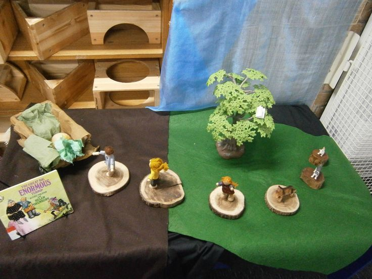 The Enormous Turnip Story Table