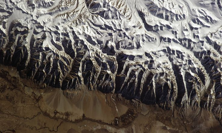 Astronaut Chris Hadfield's amazing photos from space