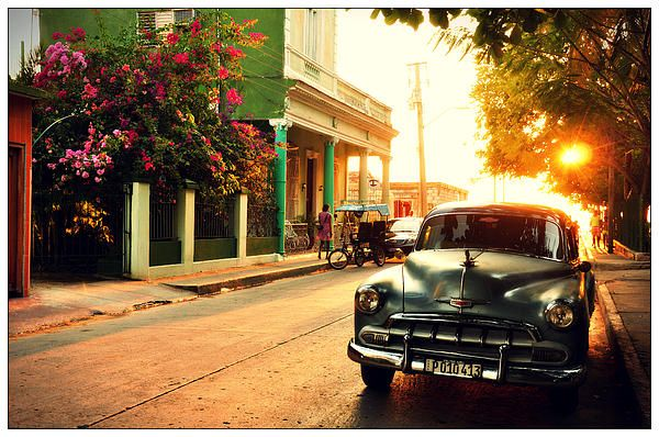 Cuban sunset in Cienfuegos