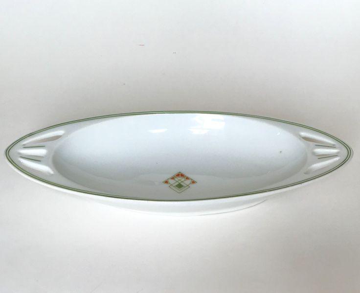 Mosa Maastricht dish inspired by Chris van der Hoef circa 1910.