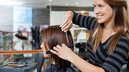 http://rumahanbisnis.com/wp-content/uploads/2016/01/Melirik-Bisnis-Salon-Kecantikan-Di-Kota-1.jpg