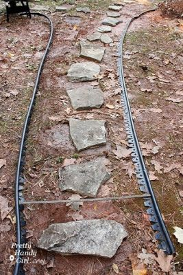 Creating a Mulch and Stone Path. Use with pavers & gravel?