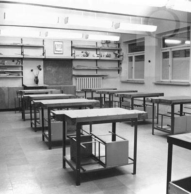 Współprojektant: Kurkowski Edward wyposażenie pracowni technicznej 1966