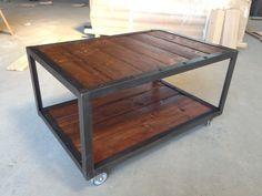 Table basse fer bois industriel meubles pinterest - Table basse en fer et bois ...