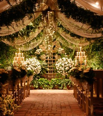 The conservatory for a small wedding