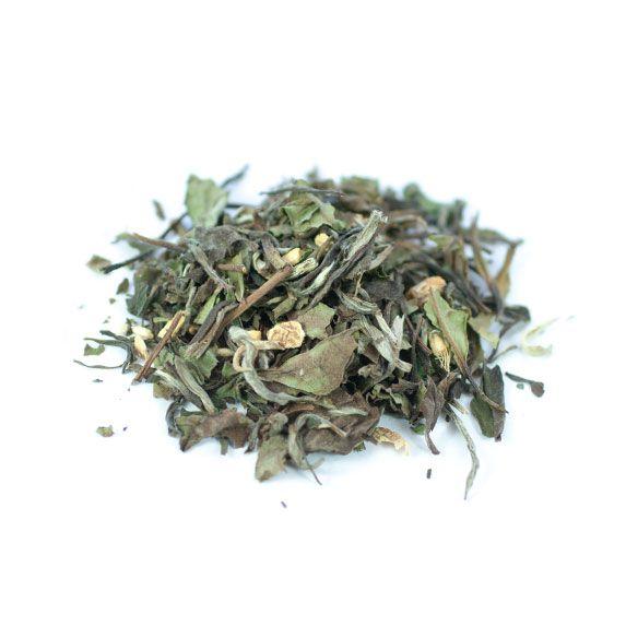 Ginger White is een verfijnde witte thee met een licht zoete smaak. Deze thee laat zich uitstekend aanvullen door een vleugje gember.