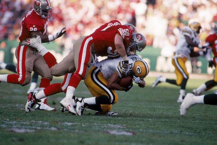 Longtime NFL linebacker estimates he sustained 2,500 concussions in his career
