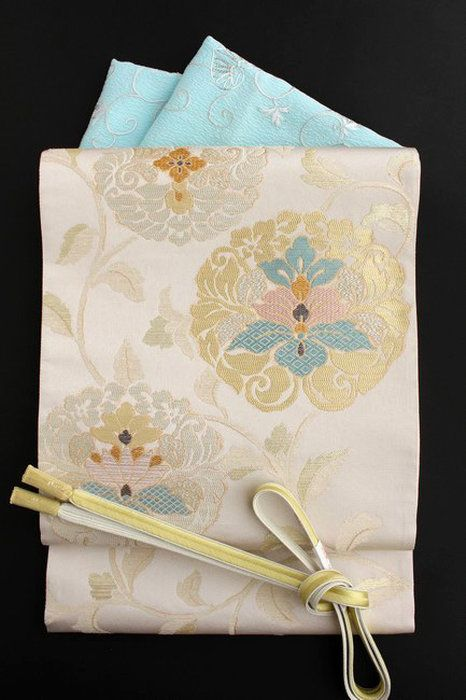 西陣織特選袋帯「正倉院唐花文」格調高い雰囲気のフォーマル袋帯小林定織物