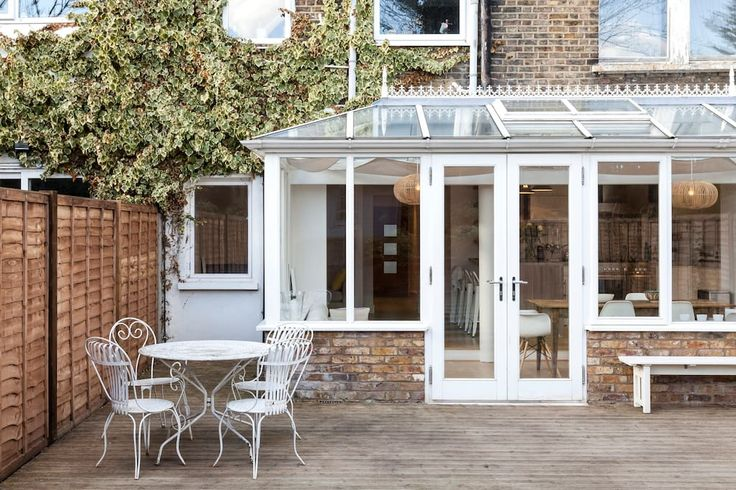 Light & Spacious Garden Flat London - Apartments for Rent in London - Get $25 credit with Airbnb if you sign up with this link http://www.airbnb.com/c/groberts22