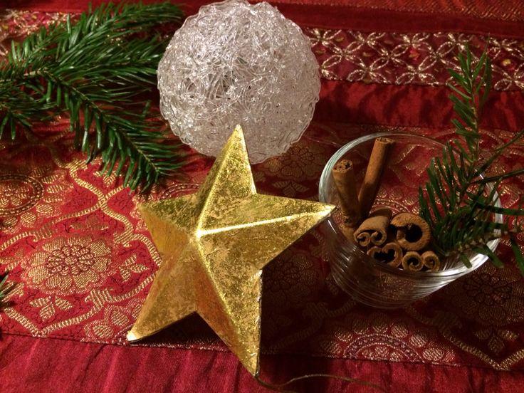 Julpynt på bordet