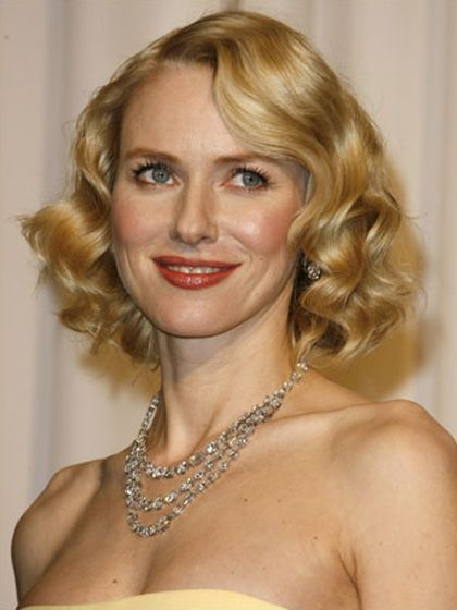 """SHOULDER-LENGTH Naomi Watts's layered cut is ideal for those with natural waves. It has slightly graduated layers, with the longest one in the front, says Garren. """"It's all in the way you style it—use a medium-barrel curling iron to create soft waves from the crown to the ends."""""""