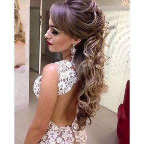 Resultado de imagem para penteados para noivas cabelos semi presos