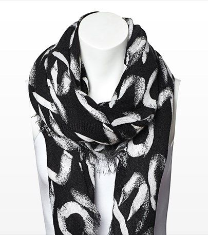 #DYNHOLIDAY This love square scarf is perfect for adding some glam to your casual outfit. Pair it with one of our v-neck tees for a casual yet glamourous look.