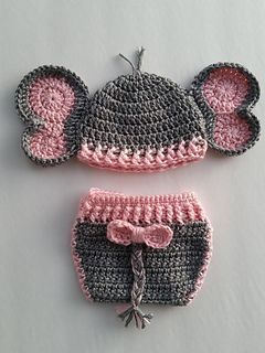 Elephant Set is one of the cutest and most popular patterns. Can be done for a boy or girl newborn to 12 months!