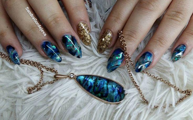 gel nails green stone nails broken mirror nails