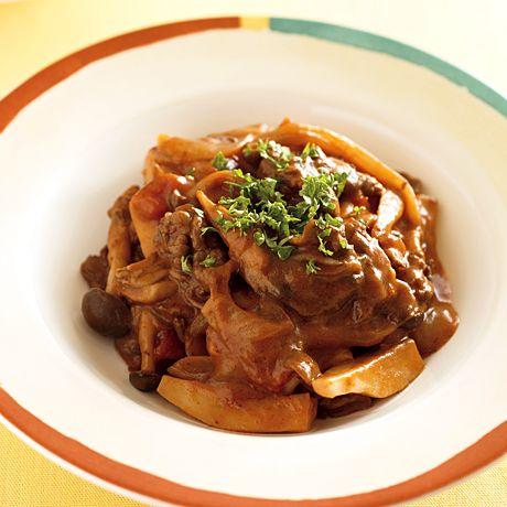 きのこたっぷりストロガノフ | 秋元薫さんのシチューの料理レシピ | プロの簡単料理レシピはレタスクラブニュース