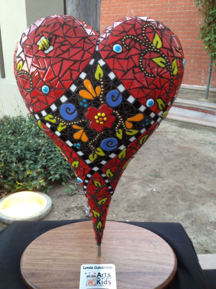 Popular Mosaic Heart that Lynda made for All the Arts for All the Kids auction in November