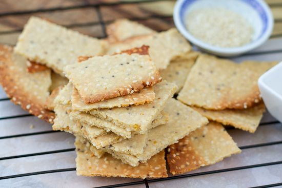 These paleo crackers are gluten free, grain free and nut free. Ideal for dips, antipasto platters, kids school lunches and party food. Quick and easy too.