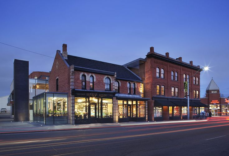 The Shops of Summerhill, Rosedale, Summerhill, Mix of Modern and Traditional Design, Human Architecture, Urban Design, Ground Level Retail, Boutique Shopping, Heritage Architecture, Modern Architecture, Marrying old with new, Toronto Architects, Toronto Architecture