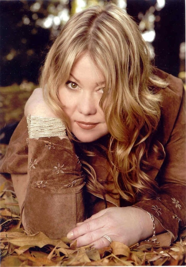Jann Arden- amazing voice. great live- can go from telling jokes ...