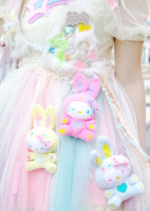Sewing stuffed animals... to skirts? Insanity... Or adorable? Good thing I like both.