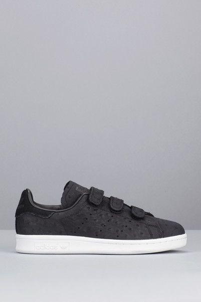Sneakers noires nubuck texture pois scratch Stan Smith CF W Adidas Originals sur MonShowroom.com