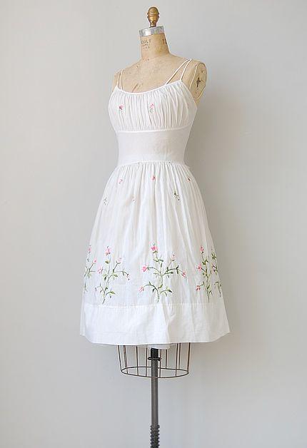 vintage 1950s white cotton sundress [Featherweight Rosehips Dress ...