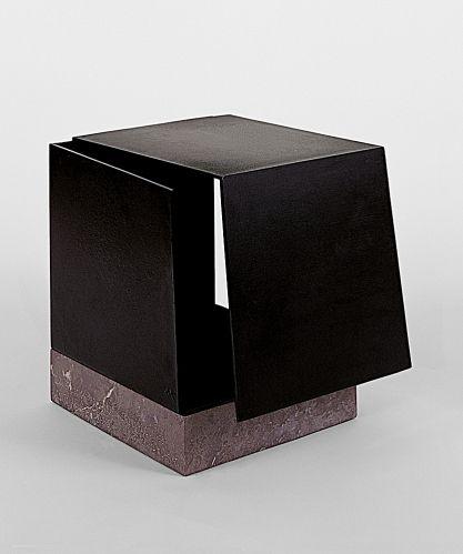 Jorge Oteiza - Boîte métaphysique par la conjonction de deux trièdres. Hommage à Leonardo