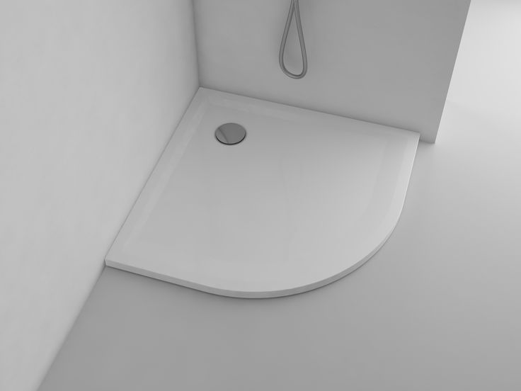 Small bathroom does not have to be claustrophobic. What's more - it can be extremely functional! This can be easily achieved by installing a small cabin with semi-circular end at the corner of the bathroom. Delicate arch will add smooth character to interior, additionally allowing you to save valuable space.  http://www.marmite.eu/pl/produkt/1414/show/br-0007-900x900/
