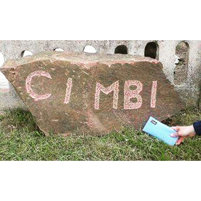 Find your #cimbi everywhere! Greetings from Germany! #cimbi #getyourcimbi #findyourcimbi #cimbi_official #greetings #travel #explore #beatraveler #ecodesign #ecofriendly #upcycled #conciousshopping #wallet #bagsandmore #staycurious #withlove 👄👋👌🔝⭐💡💚