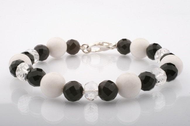 Black and White Gemstone Bracelet. Quartz, Jade and Onyx Hand-Knotted Bracelet.