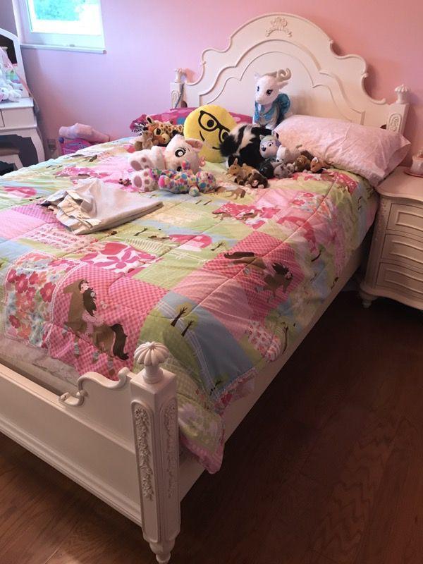 Legacy Kids Girls Full Bedroom Four Poster Set Off White (Furniture