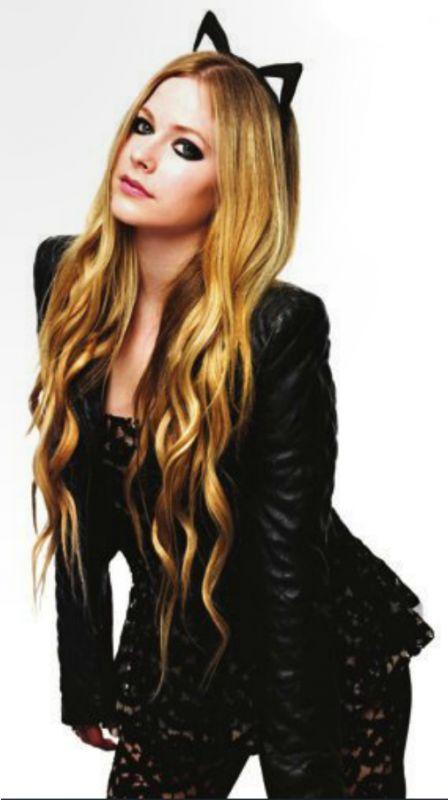 Avril Lavigne cute