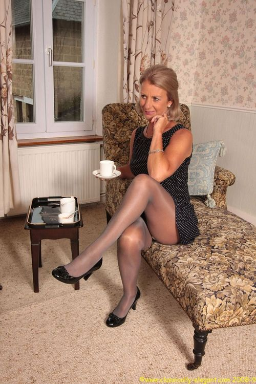 Legs Pantyhose Pics With Vintage 52